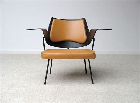 Robin Day's 658 Chair From 1951
