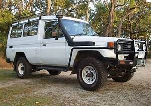 1995 Toyota Landcruiser  Hzj75  Troop Carrier