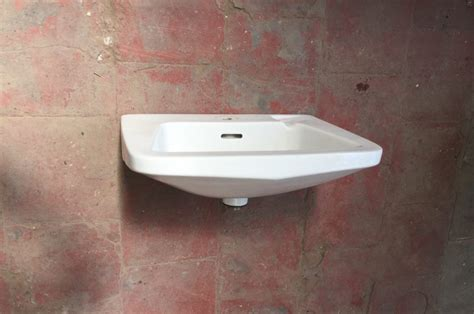 Vintage Bathroom Sink In Porcelain By Ideal Standard Kitchen Sinks Clearance Ss Undermount Pacific Sales Sink Drain Wrench Island Bench With Fireclay Porcelain Taps Uk