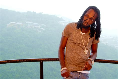 dancehall news flying   video mavado star bwoy