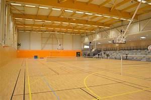 Sport En Salle : salle de sport constructions bois emg charpente bois ~ Dode.kayakingforconservation.com Idées de Décoration