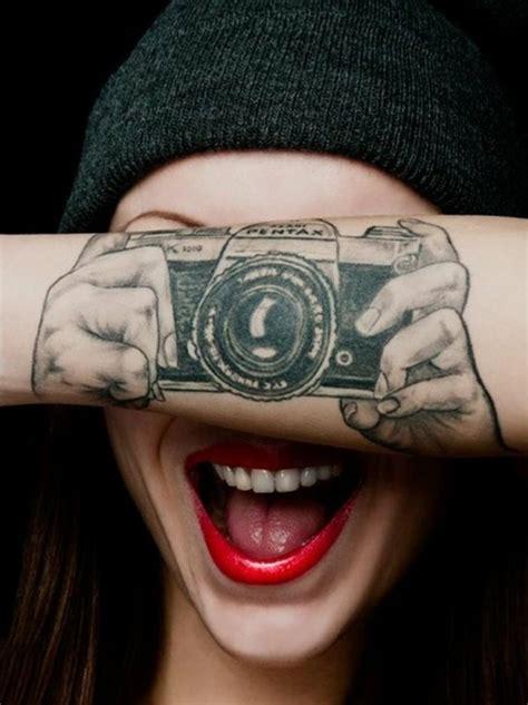 coole tattoos frauen 80 attraktive handgelenk ideen archzine net