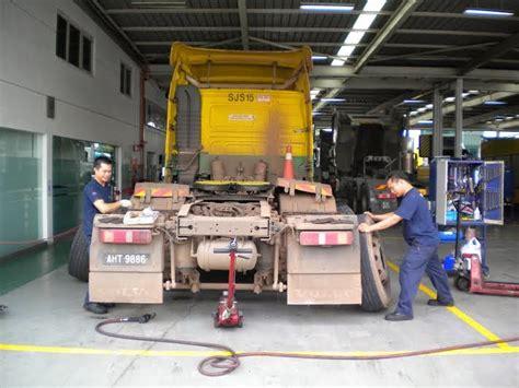 volvo trucks customer service motoring malaysia truck news volvo launches fast track