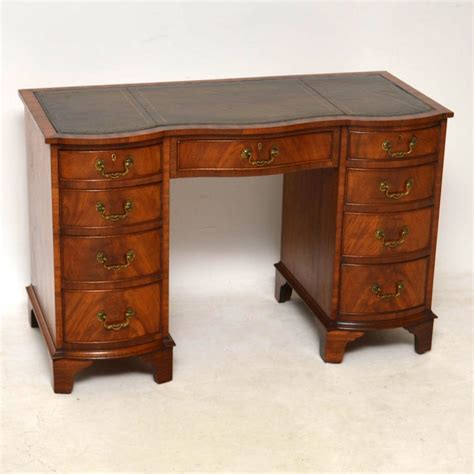 vintage mahogany desk antique mahogany leather top desk marylebone antiques 3242