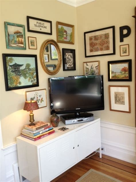 Living Room Setup With Corner Tv by 17 Best Ideas About Corner Tv Shelves On Wall
