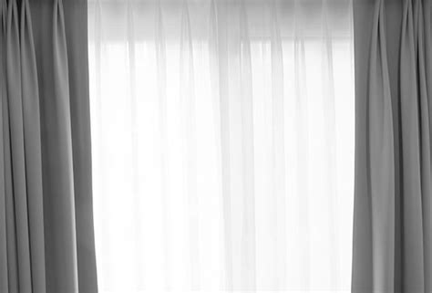 5 ways to use curtains and blinds in dubai to keep the