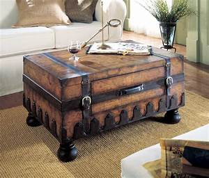 Vintage old world map style steamer storage trunk coffee for Vintage style trunk coffee table