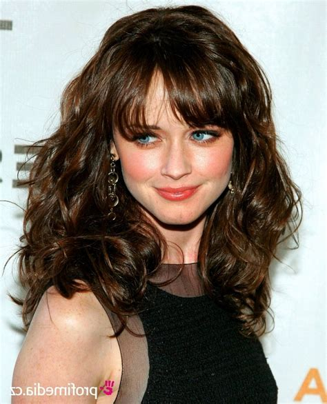 best layered haircuts for thick hair i will tell you the about wavy hair with bangs 5574