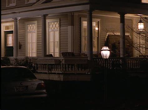 house porch at night the house from the movie quot stepmom quot hooked on houses