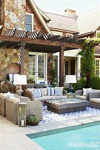 4 Tips To Create A Cool Outdoor Space