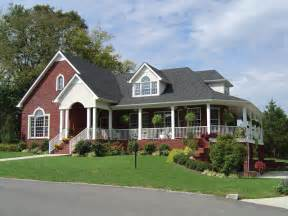 country ranch house plans parc crest country ranch home plan 111d 0009 house plans and more