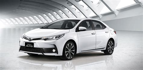 The 2018 toyota corolla builds upon the success of its ancestors with expressive styling, a surprisingly roomy cabin, plenty of advanced safety features and comfortable, supportive seats. Toyota Corolla 2018 - Alpha SQUAD official