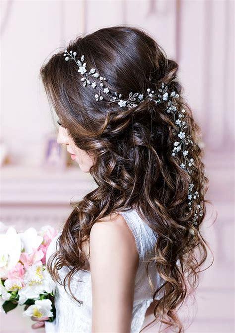 trending wedding hairstyles  dreamiest bridal