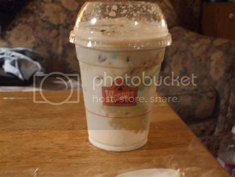 However, most of the ingredients (like artificial flavorings and guar gum) twisted frosty: Daily Dose of Amy: Do you wanna get frosty with me?
