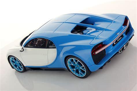 Bugatti chiron white & blue. MR Collection Bugatti Chiron Bugatti Light Blue Sport ...