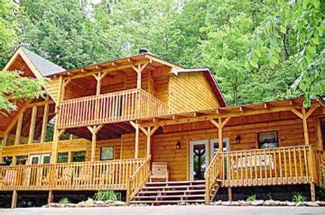 big cabin rentals pet friendly big retreat pet friendly cabin in pige homeaway