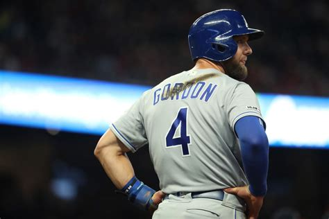 alex gordon returns  shouldnt    starting