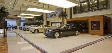 worlds largest rolls royce showroom  abu dhabi