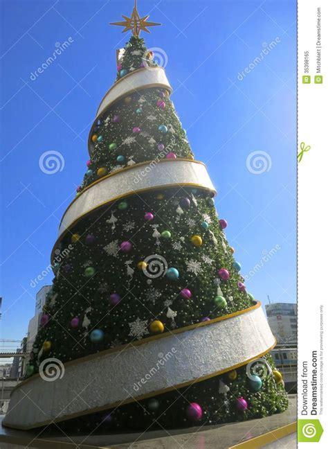 big christmas tree    editorial image