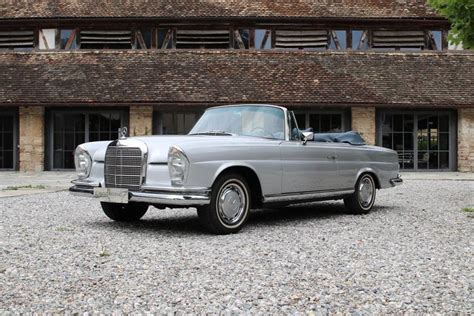 Looking for a classic mercedes benz w111? 1968 Mercedes-Benz W111/112 - 280 SE Cabriolet - Vintage car for sale
