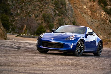 2019 Nissan 370Z Carries on With Minor Changes » AutoGuide ...