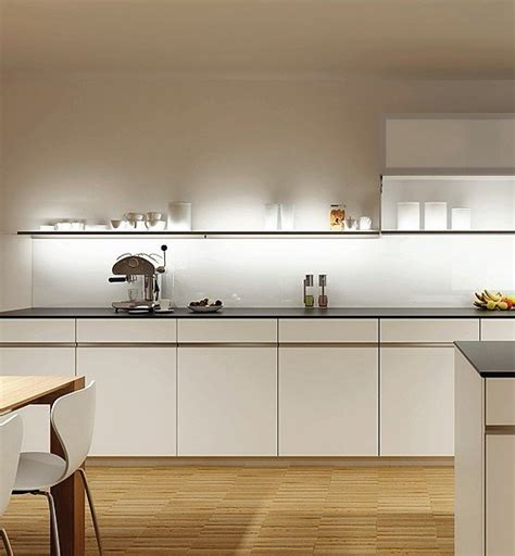 küchen ohne e geräte unterlicht ohne oberschrank nischengestaltung mit