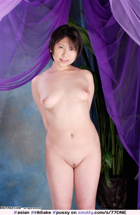Asian Rikitake Pussy Shaved Naked Niceslit