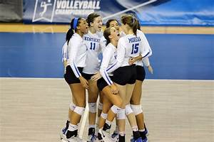 Kentucky Wildcats Volleyball vs BYU Cougars 2017 - A Sea ...