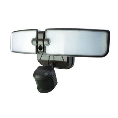defiant 180 degree outdoor bronze led blade security light