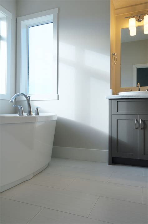 Light Gray Bathroom Vanity Design Ideas