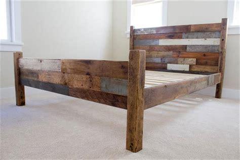pallet  barn wood queen bed  pallets