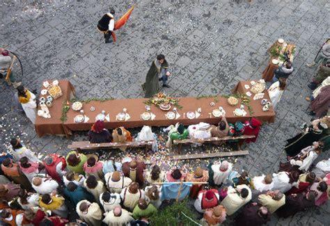banchetto nuziale matrimonio medievale a scala e ravello