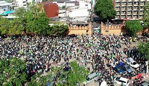 Protesters Hold Massive Rally in Chiang Mai Demanding the ...