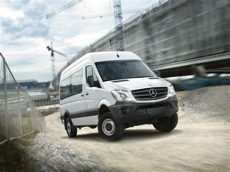 Mercedes-Benz debuts 4x4 Sprinter, crosswind assist