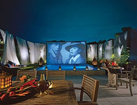 Backyard Home Theater by Best 25 Outdoor Cinema Ideas On Diy Pool Diy