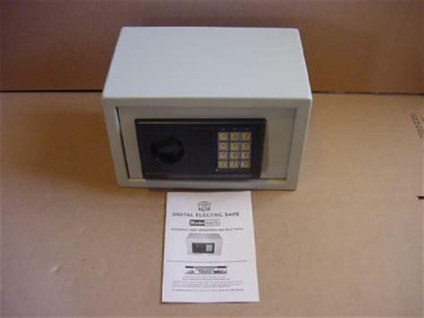 bunker hill digital floor safe manual digital electric safe model 93575 by bunker hill safes ebay