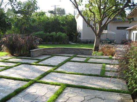 Modern Landscaping Design  Home Decorating Ideas
