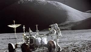 Flags On The Moon: Apollo 15 (Moon Landing Hoax ...