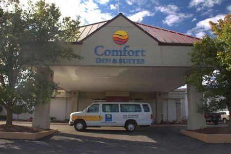 comfort inn syracuse ny comfort inn suites syracuse airport updated 2018 hotel