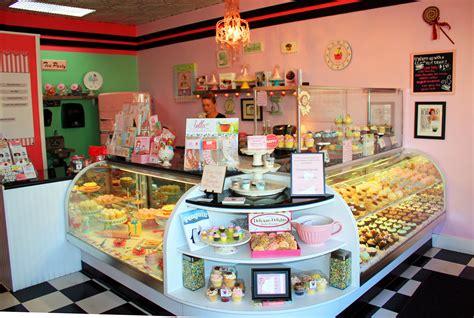 cupcake shops cupcake tweet    york cupcakes