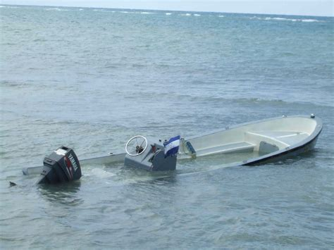 Sinking Of Boat by Que Tal On Roatan November 2009