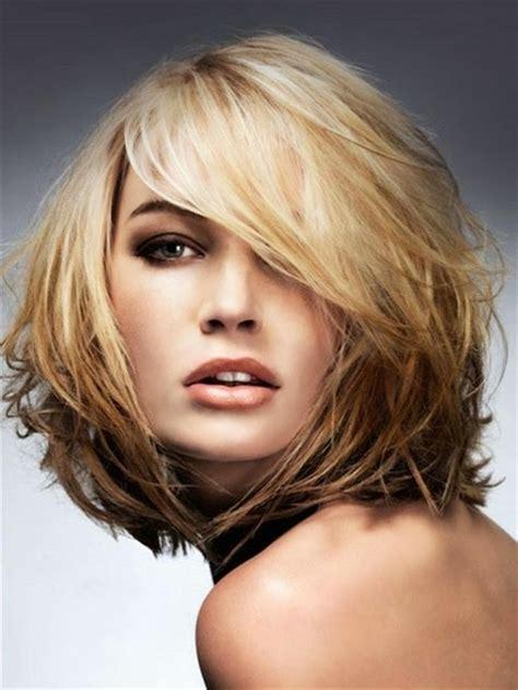 coupe de cheveux simulateur coiffure cheveux mi visage rond