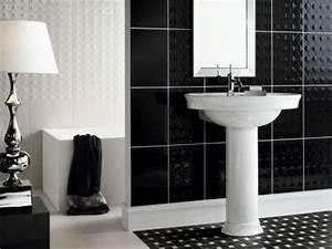 Salle De Bain Noire Et Blanche : id es carrelage salle de bains en 26 photos fantastiques ~ Melissatoandfro.com Idées de Décoration