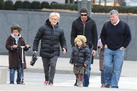 Hug Jackman family: siblings, parents, children, wife
