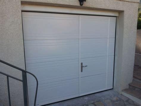 porte de garage sectionnelle avec porte entr 233 e pvc sur mesure porte d entr 233 e blind 233 e a