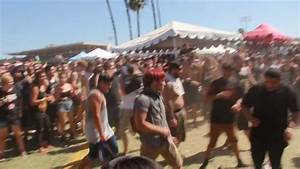 Epic Bring Me The Horizon Wall of Death and Mosh Pit at ...