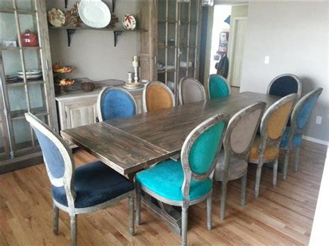 What dining table size do you need? Building A 10 Person Dining Room Table Is Our Project Of The Week - 8 Pics