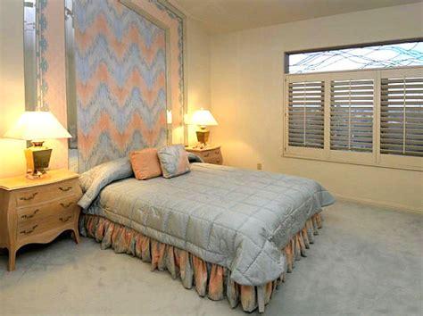 Metallic Bedroom Furniture vintage bedroom ideas that make a unique statement