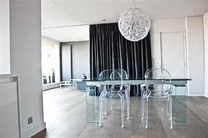 idee chaise salle a manger plexiglas With idee deco cuisine avec chaise transparente salle a manger