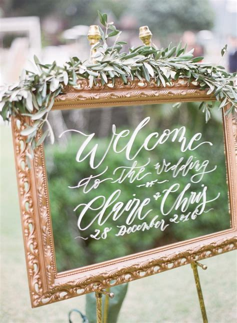 brilliant vintage mirror wedding sign ideas